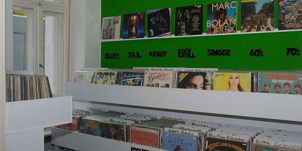 Innenansicht links - Vinyl-a-Gogo